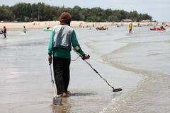 海滩工作者 免版税图库摄影