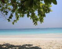 海滩水平的照片沙子风景海运 免版税库存图片