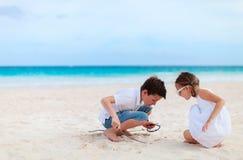 海滩开玩笑二 免版税库存图片