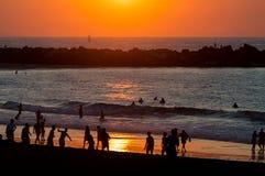海滩惊人的日落 免版税库存照片