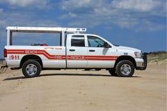 海滩抢救卡车 库存图片