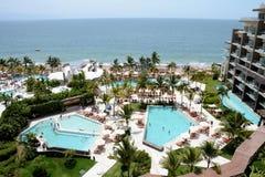 海滩旅馆 免版税库存照片