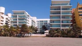 海滩旅馆 免版税库存图片
