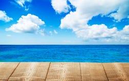 海洋桌面 库存图片