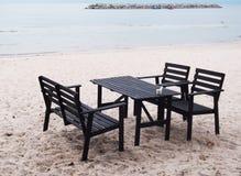 海滩桌 图库摄影