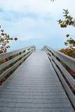 海滩桥梁 免版税库存照片