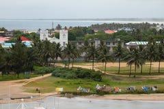海洋海岸的图阿马西纳,马达加斯加城市 免版税库存图片