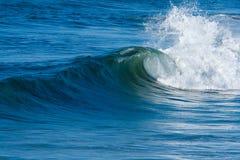 海洋海浪通知 免版税库存照片