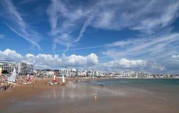海洋海滩在列斯黑貂d'Olonne 库存照片