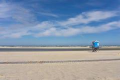 海滩海;火箭队浮游物塔 库存照片