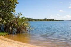 海滩湖Nhambavale在莫桑比克 免版税图库摄影