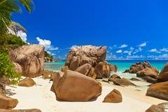 海滩热带的塞舌尔群岛 库存照片