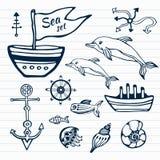 海洋生活手拉的乱画集合 与船、海豚、壳、鱼船锚和舵的船舶剪影收藏 库存图片