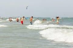 海水的人们 免版税库存图片