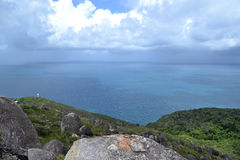 海洋的天际在Fitzroy海岛 库存照片
