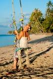 海滩的女孩 免版税库存图片