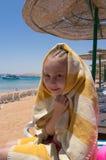 海滩的女孩 免版税图库摄影