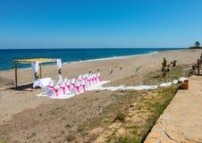 海滩的婚礼地点 免版税库存照片