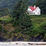 海滩的小山议院 免版税库存图片