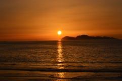 从海滩的日落 库存照片