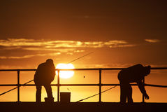 海滩的渔人 免版税库存照片