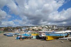 从海滩的看法在加那利群岛的圣奥古斯丁 库存图片