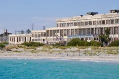 海洋水的被放弃的力量议院在Fremantle,西澳州 库存照片