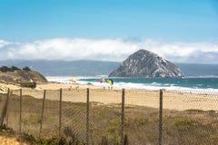 从海滩的Morro岩石, Calfornia 库存图片