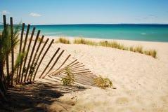 海滩篱芭 库存照片