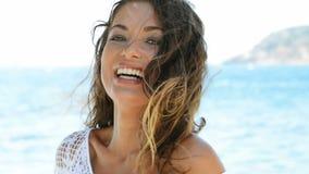 海滩美丽的妇女 影视素材