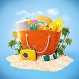 海滩袋子 免版税库存图片