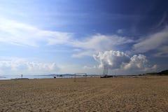 海滩足球场 免版税库存照片