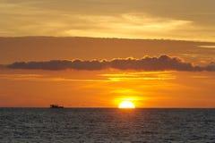 海洋轮渡日落 免版税图库摄影