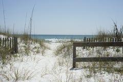 海滩道路 免版税库存照片