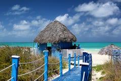 海滩酒吧,古巴的南海岸 库存图片