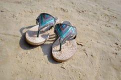 海滩鞋类 免版税库存图片