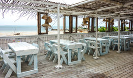 海滩餐馆有一个看法在莫桑比克 免版税图库摄影
