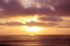 海洋,加州日落 免版税图库摄影