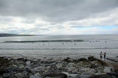 海滩, Lahinch,爱尔兰 免版税库存图片