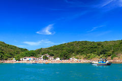 海滩Azeda, Búzios,巴西全景  免版税库存图片