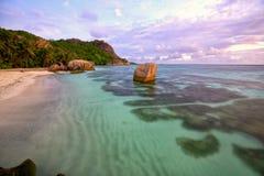 海滩d'Argent Anse的来源 库存照片