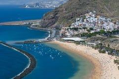 海滩Las Teresitas,特内里费岛,加那利群岛,西班牙全景  免版税库存照片