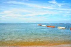 海Jomtien海滩,芭达亚Chon Buri在泰国 免版税库存照片