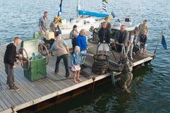 浸没塔林的海运日的潜水员 库存图片