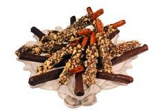 涂了巧克力的椒盐脆饼 免版税库存照片