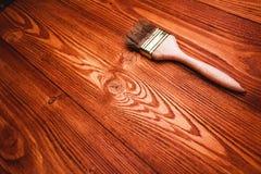 涂了清漆一个木架子 库存图片