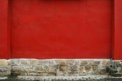 涂灰泥的红色墙壁 图库摄影