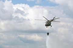 消火直升机 图库摄影