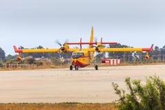 消火航空器 库存图片