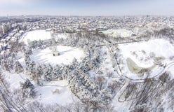 消遣公园在冬天,普洛耶什蒂,罗马尼亚 免版税库存图片